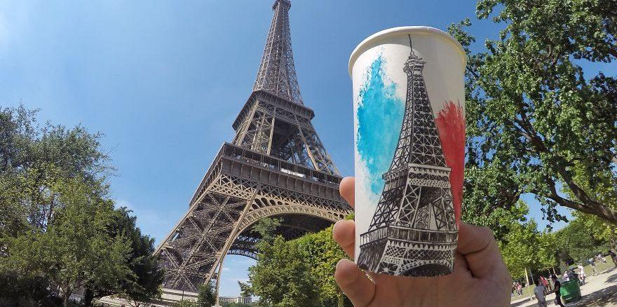 Sanatçımız Dünya turunda ve Gördüklerini Tuval Olarak Kullandığı Kağıt Kahve Bardağına Yansıtıyor